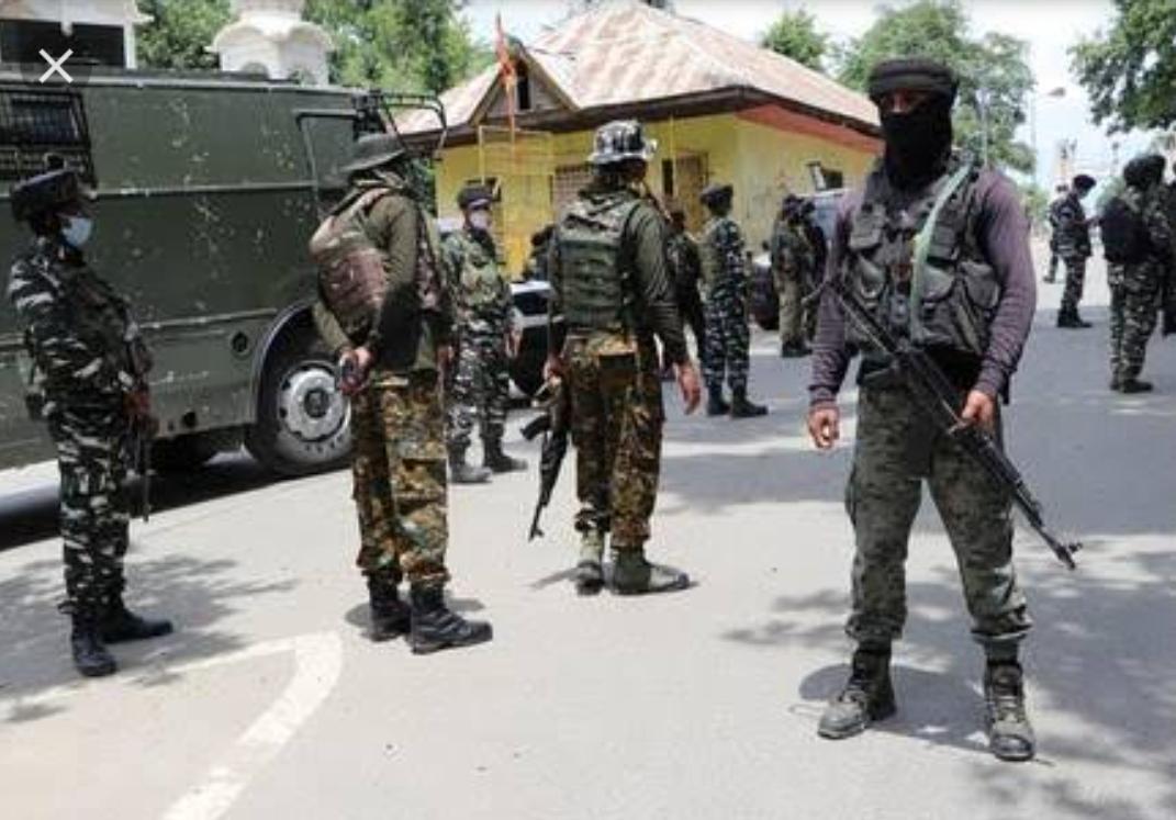 01 CRPF Trooper Injured in Militant attack in Budgam